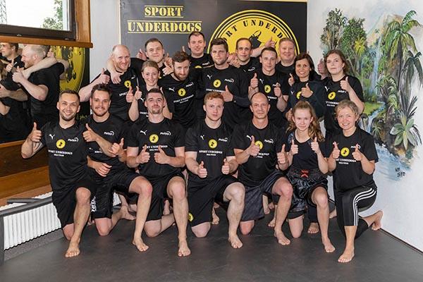 Gruppenbild MMA Training Sportschule Sport Underdogs Castrop-Rauxel